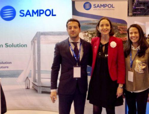 (Español) FITUR 2019 – La Ministra de Industria y Turismo visita el stand de SAMPOL.